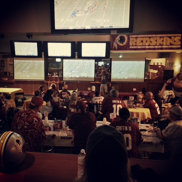 Say whatttt! a redskins bar in LA! #httr