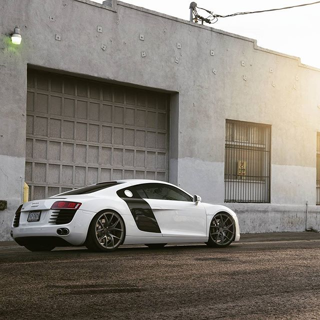 Pic from a shoot I did with @zitowheels from over a year ago that  I completely forgot about. #r8 #audir8 #zitowheels