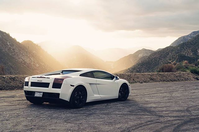 Bianco Cygnus #gallardo #angelescresthighway #6speedmanual #biancocygnus